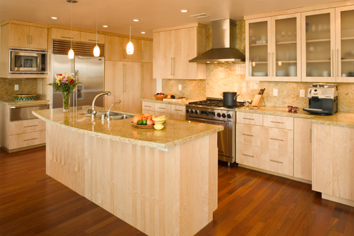 Contemporary Kitchen Cabinets with Quartersawn Maple Wood