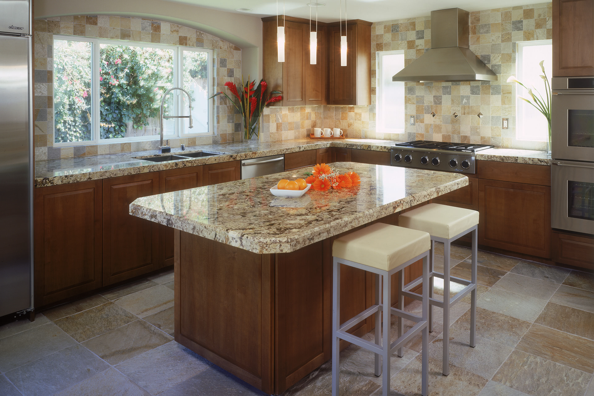 What Is A Kitchen Island With Pictures: Modern Contemporary Kitchen Cabinets