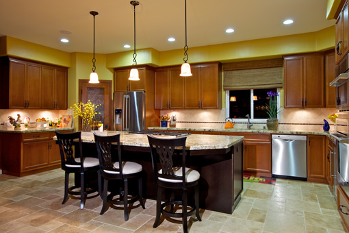 Traditional Kitchen Cabinets Recessed Panel Doors with Mitered Corners Two-tone Island with Seating
